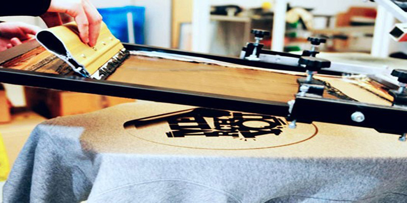 Шелкотрафаретная печать на полиэтиленовых пакетах, изделий из ткани, и другой продукции
